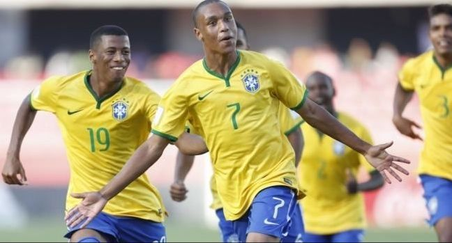 Un brasiliano per il Napoli: De Laurentiis annuncia Leandrinho