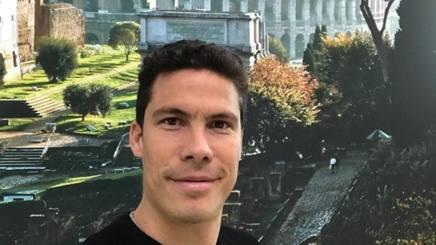 Hernanes saluta la Juventus con un selfie….dal Colosseo