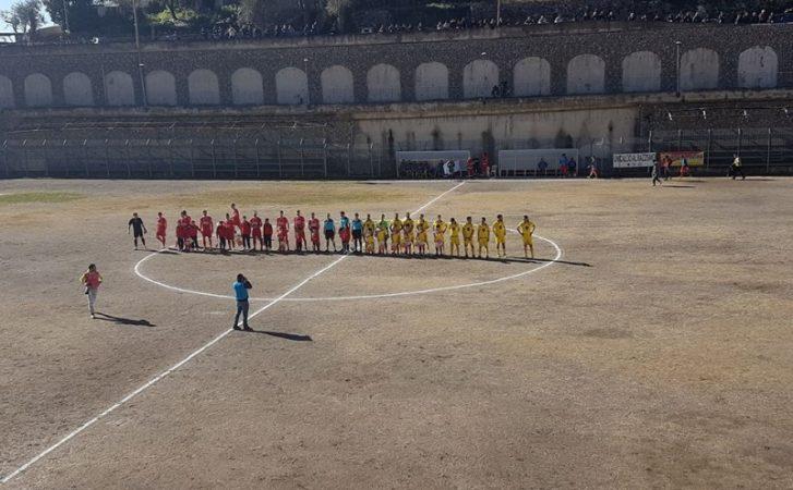 Savarese risponde a Maione, è solo 1-1 nel derby delle Costiere