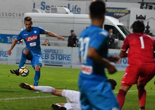 Napoli Carpi 3-1, doppietta di Milik. Ma che spunto di Ounas!