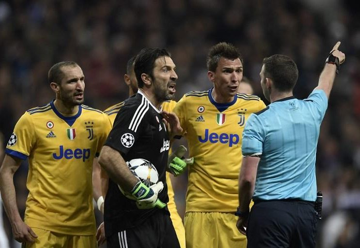 Buffon alle Iene, Madrid? Ridirei tutto
